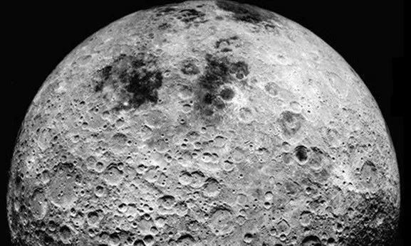 嫦娥四号发现月背巨大异物,达2180万亿吨,和月球形成有关?