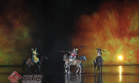 """""""三国烽烟""""再起忠州网媒行记者梦回三国"""