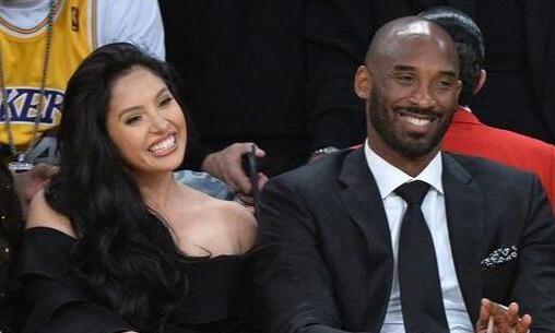 NBA的4对郎才女貌,科比夫妻垫底,榜首妻子18岁是环球小姐