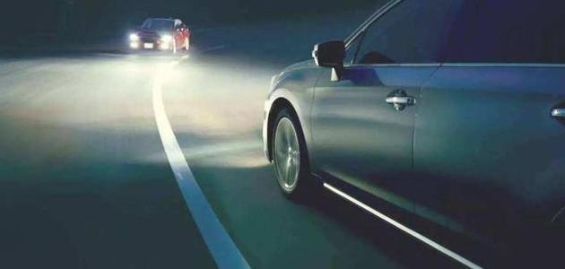 教你夜间高速开车的4个小技巧,车主们快来了解一下吧!