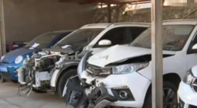 放4S店修车却出了车祸,车主:我不要这辆车,给我换新的