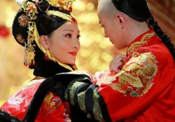 康熙只和皇后同居了三天,就被孝庄太后分开了,原因是为何