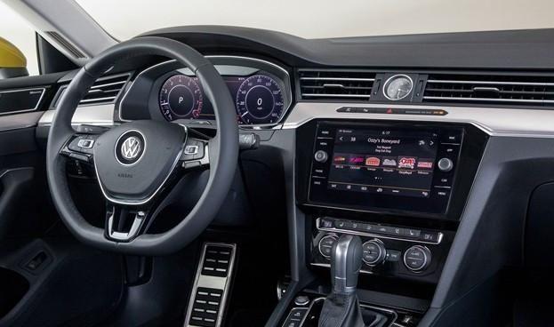 2020款大众CC车型国内市场上市 新车推四款车型供应市场需求