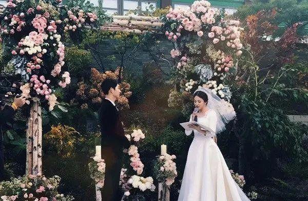双宋世纪级别婚礼甜蜜无比,然而还有着比这更唯美的婚礼!