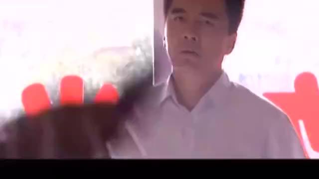 复婚:丁燕坚持要走,潘军缠着让她把话说清楚