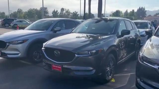 视频:2019款马自达CX5到货,打开车门坐进车内,看到内饰设计,心动了
