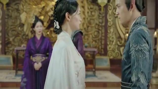 叶凝芝选择爱情,当众摘下凤簪,和魏广相拥在一起