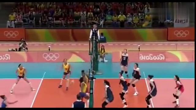 里约巴西队员拼了老命救回的球被我们姑娘的背快直接打死,解气!