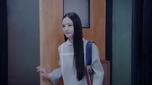 《亲爱的味道》李菲琳找到安文宇递上了一封辞职信
