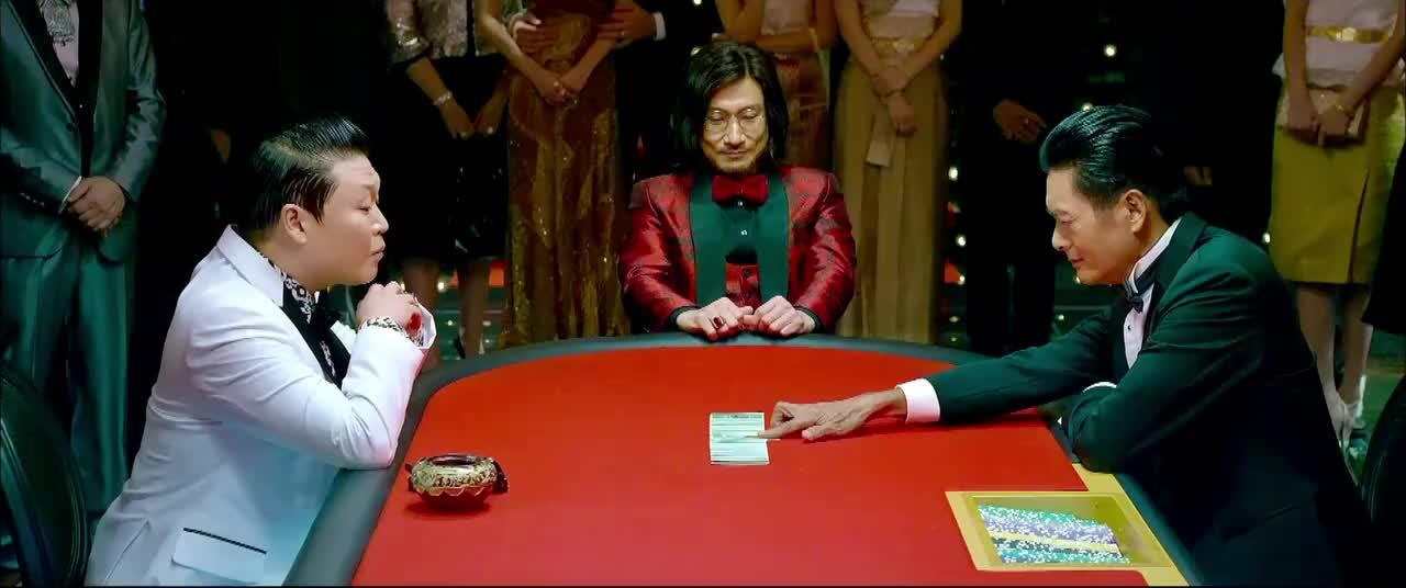 澳门风云3这场赌局太精彩了鸟叔和赌神玩扑克全程无尿点