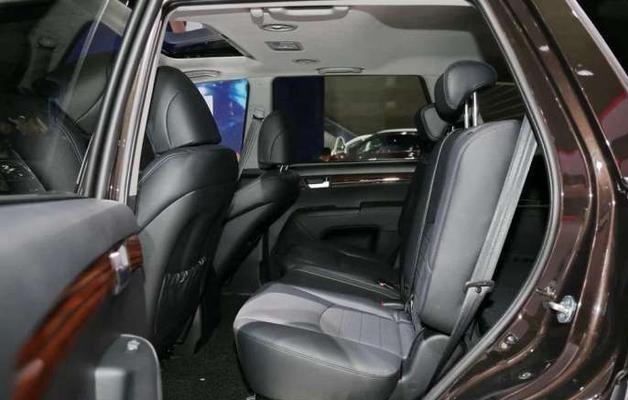 3.8L V6+四驱,275马力,售42万
