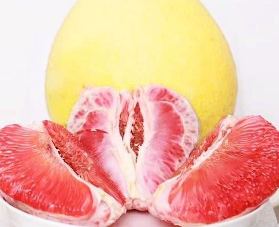 马家柚,汁多味美,柚子皮用它炒着吃,开胃爽口,江西老表都爱吃