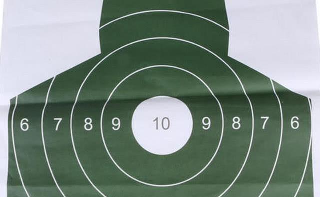 士兵练枪爆头是什么概念?其实打靶达到这个环数就能做到!