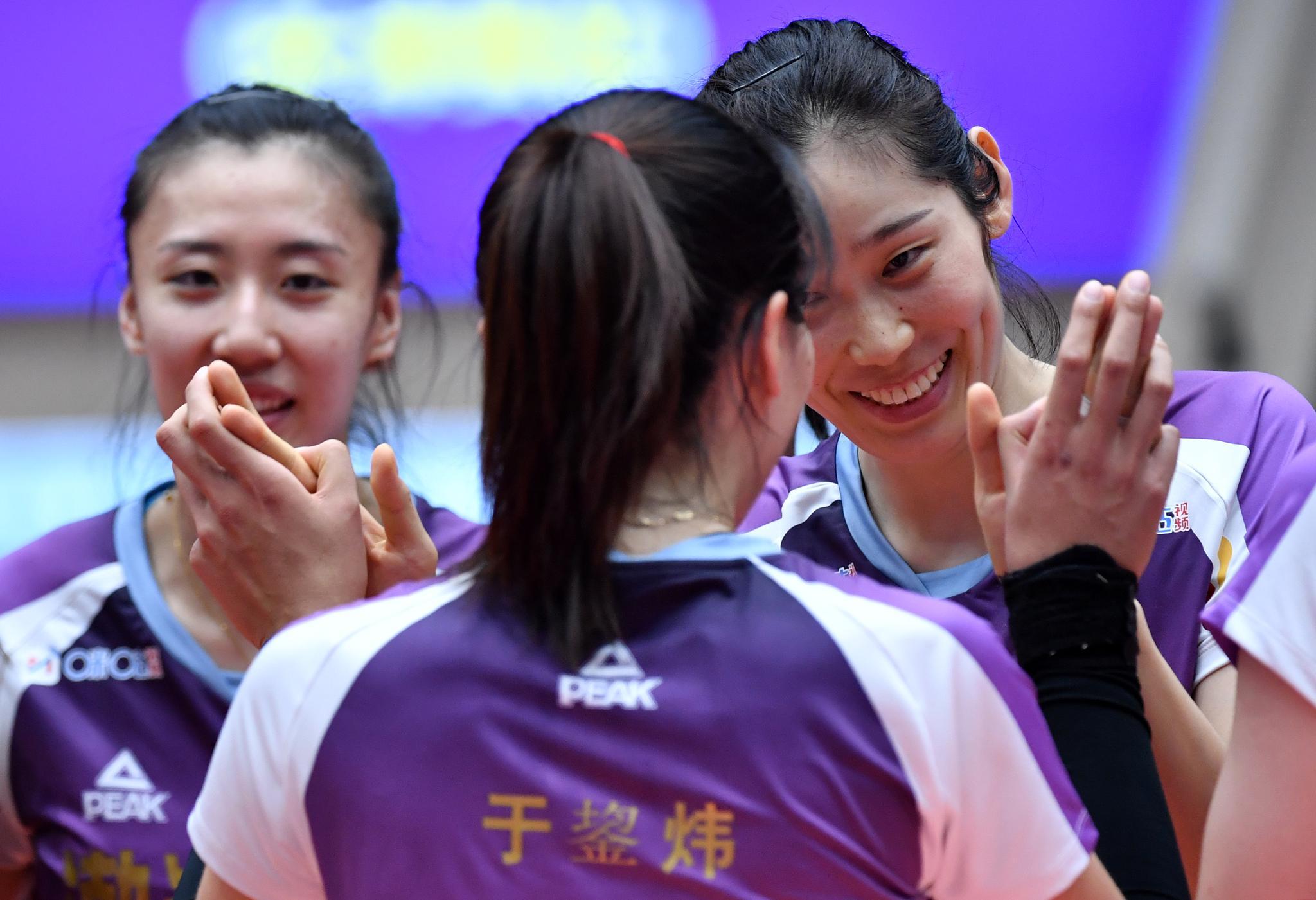 排球——女排超级联赛:天津渤海银行胜河南银鸽投资