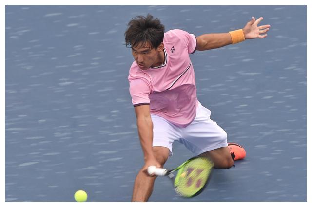 网球——国际网联青少年世界巡回赛总决赛:布云朝克特不敌鲁尼