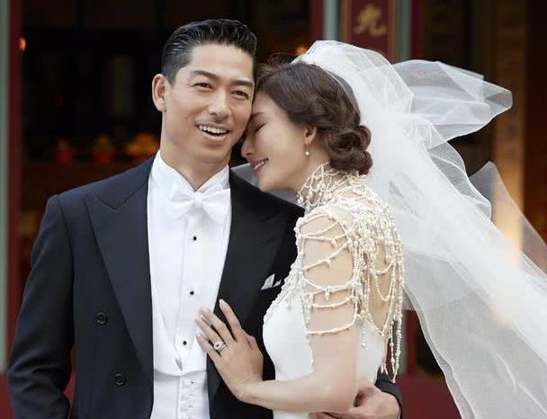 王力宏妻子有多美?看她和林志玲同框,网友:这是来砸场子的吧?