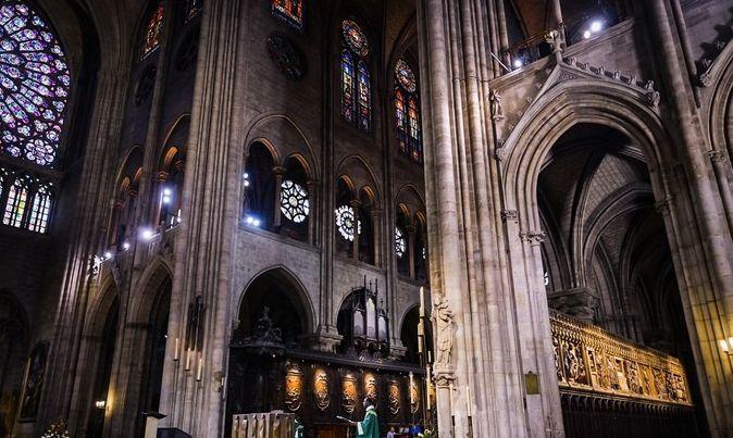 人人都说巴黎是浪漫之都,其实她更是文化之都