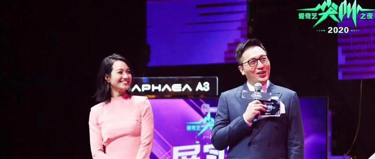 口误不影响事业,朱丹上央视主持《直通春晚》,谢娜还能回来吗?