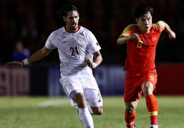 国足0-0菲律宾吞队史耻辱!颜骏凌:场地条件差!8大借口袭来?