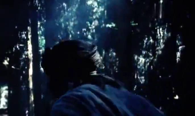 丛林无边:老猎人猎枪走火,惊动部队,吓的转身就跑!