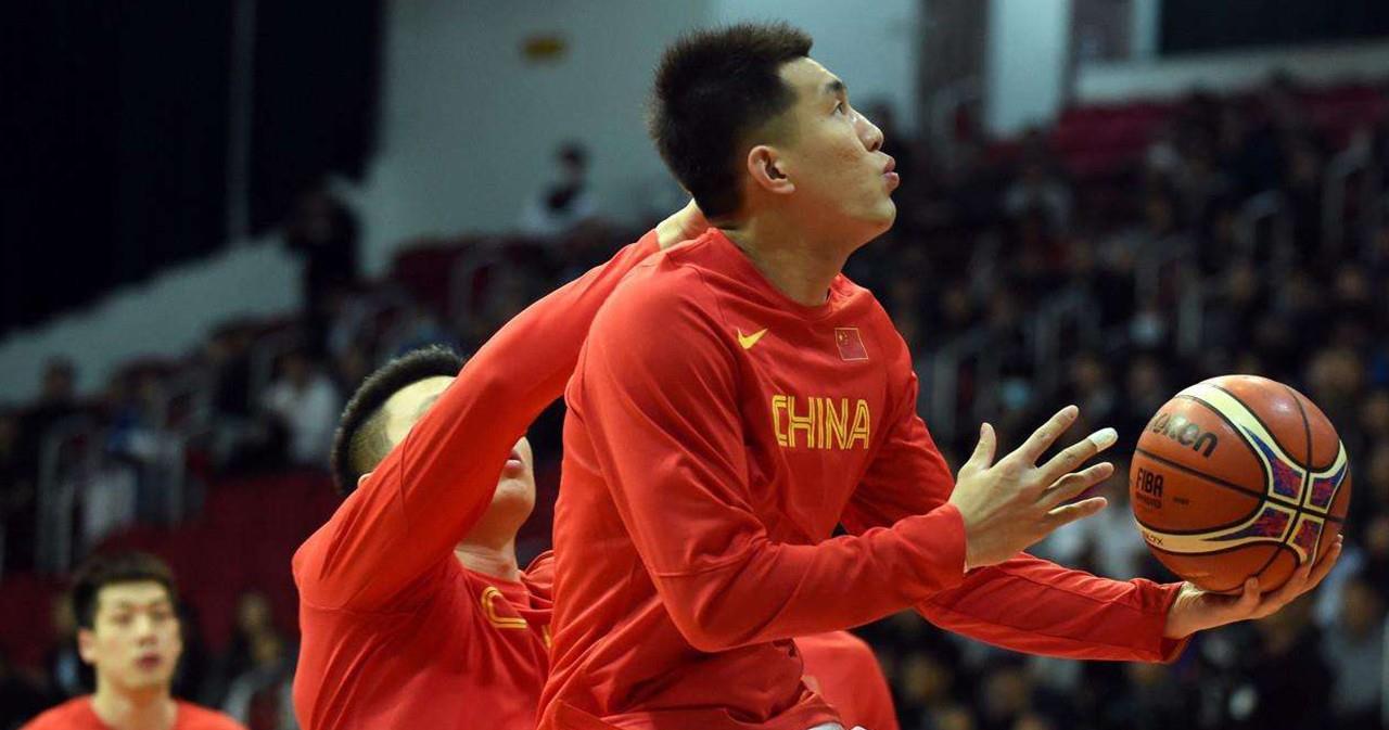 "NBA选秀预测前8,最年轻CBA扣篮王,""中国卡特""比波什更可惜"