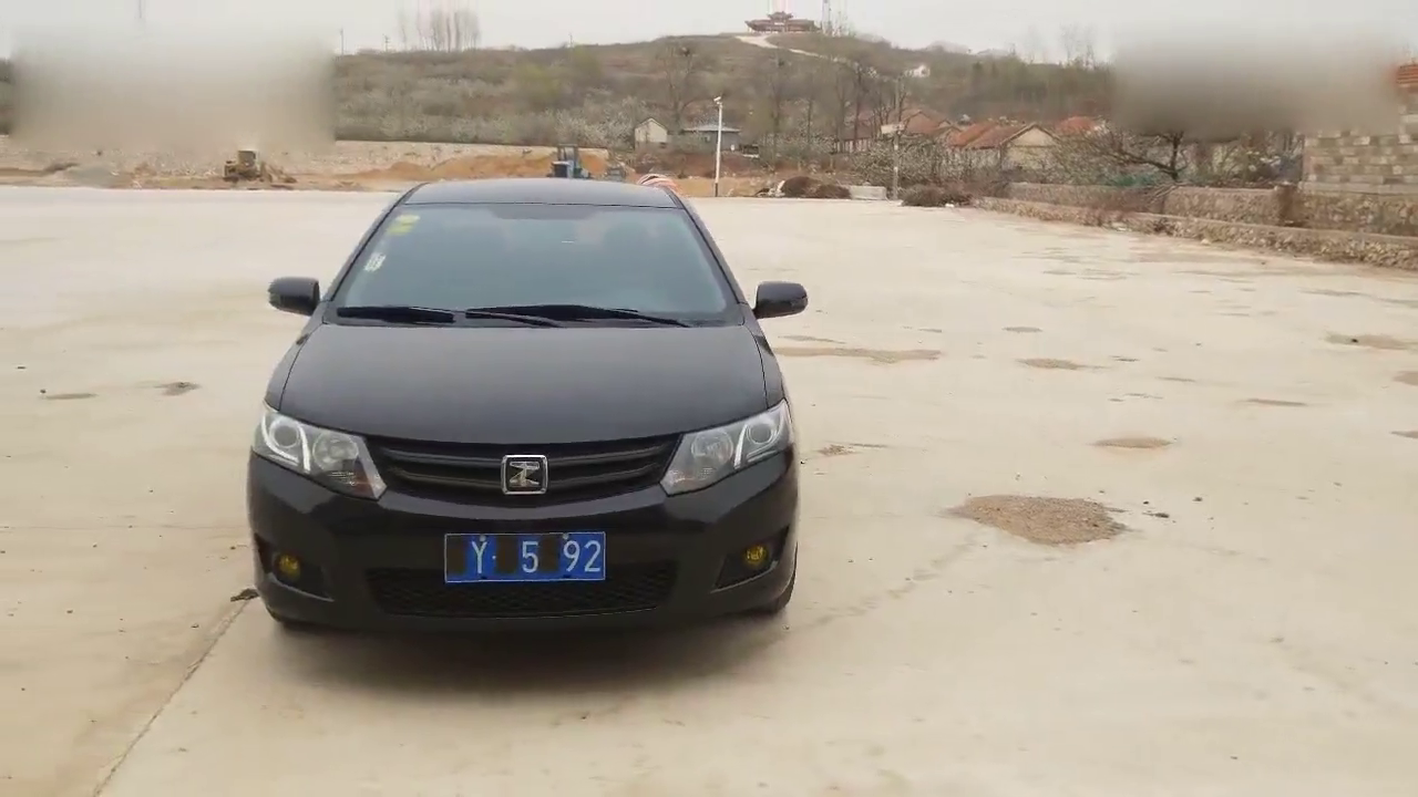 视频:外观大气 配置厚道,众泰Z300实拍展示