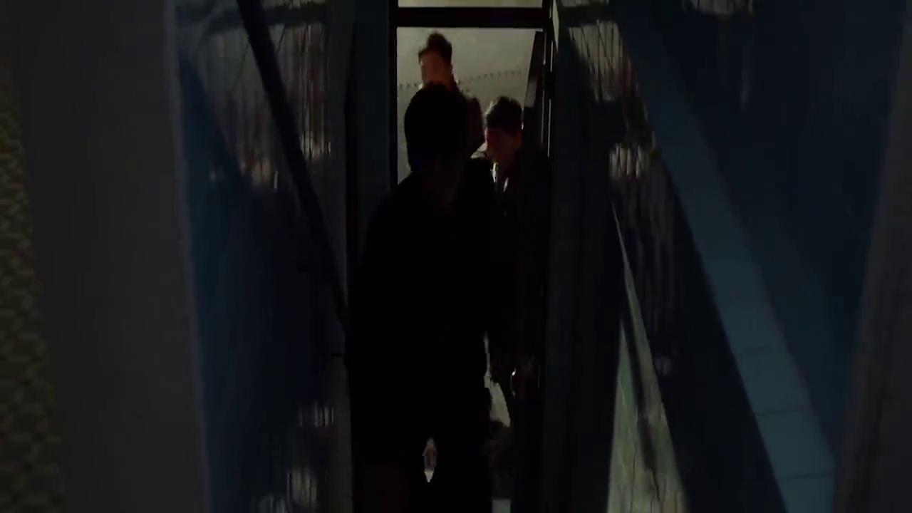 九龙不败:又一部震撼动作片,警察张晋抓捕女逃犯,展开生死追击