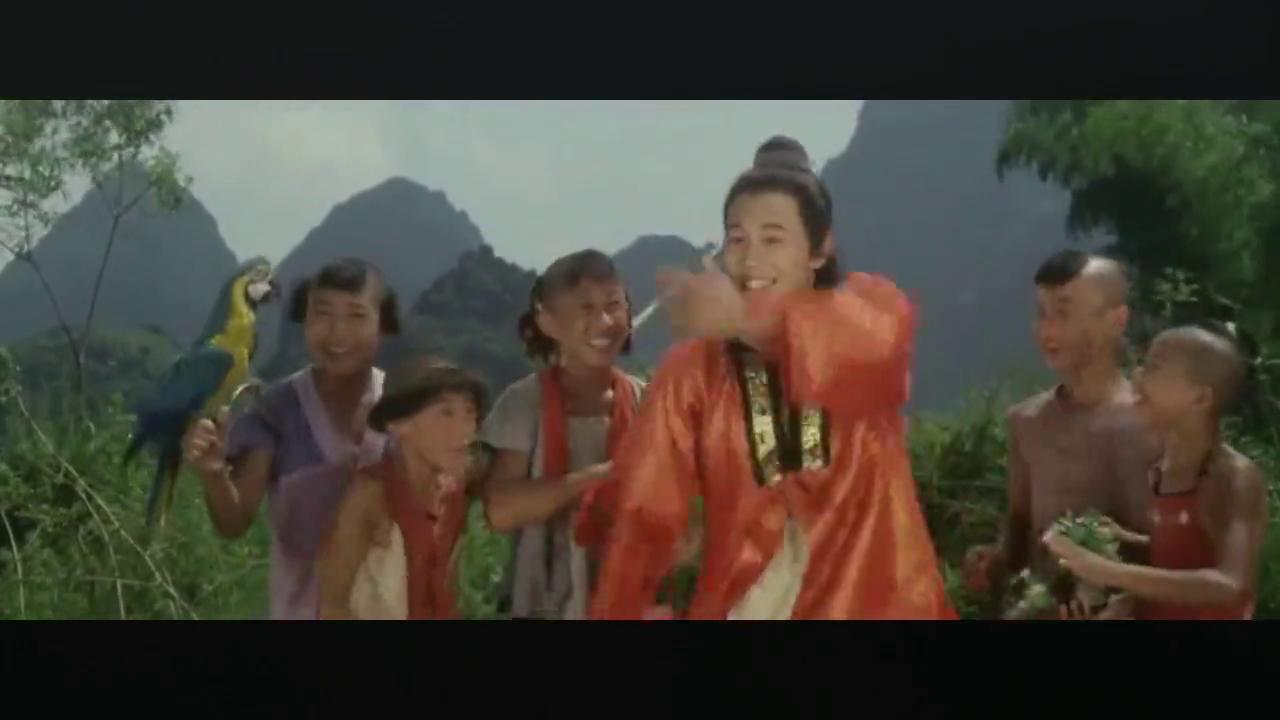 1984年上映的武侠老电影,李连杰、黄秋燕共同出演,两人激烈开打