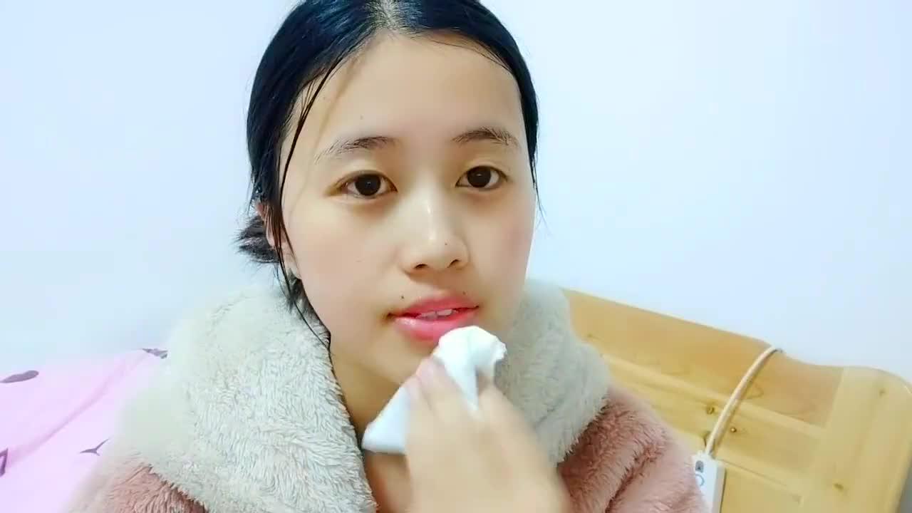 美美的一天从打脸开始,分享自己的化妆小技巧