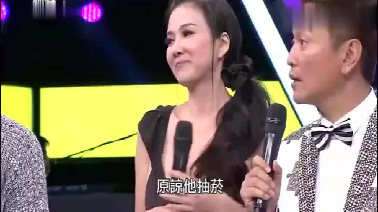 美女嘉宾上场后吴宗宪姜还是老的辣美女自觉把头发拨开