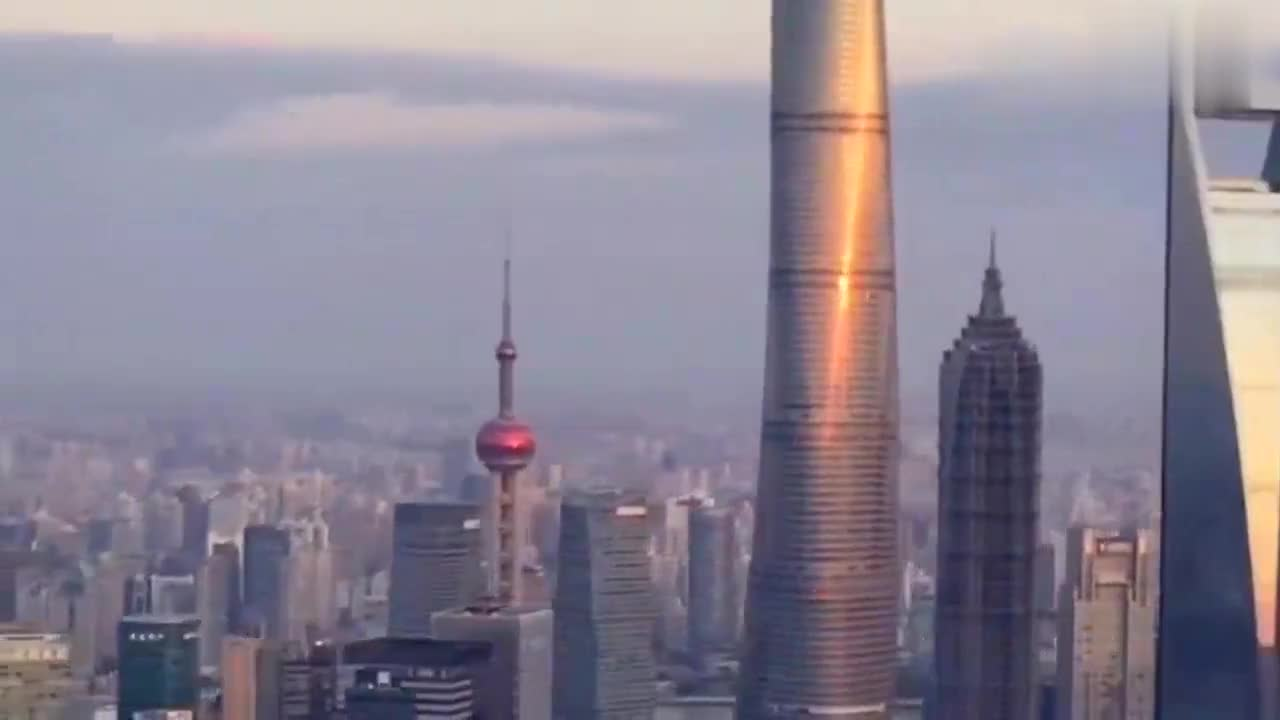 """中国一线城市之""""魔都""""上海:黄浦浪花千尘雪,东方明珠百度春"""