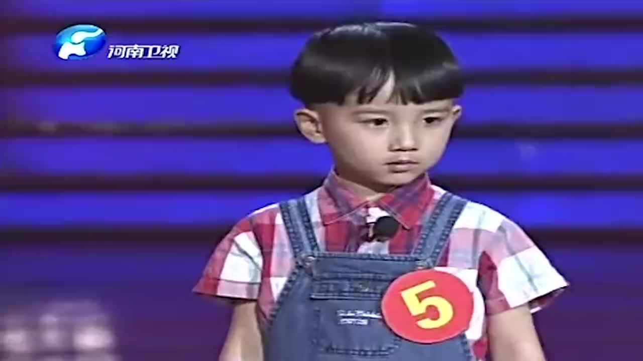 3岁刘奥唱豫剧朝阳沟台步跟唱腔都标准实力唱将