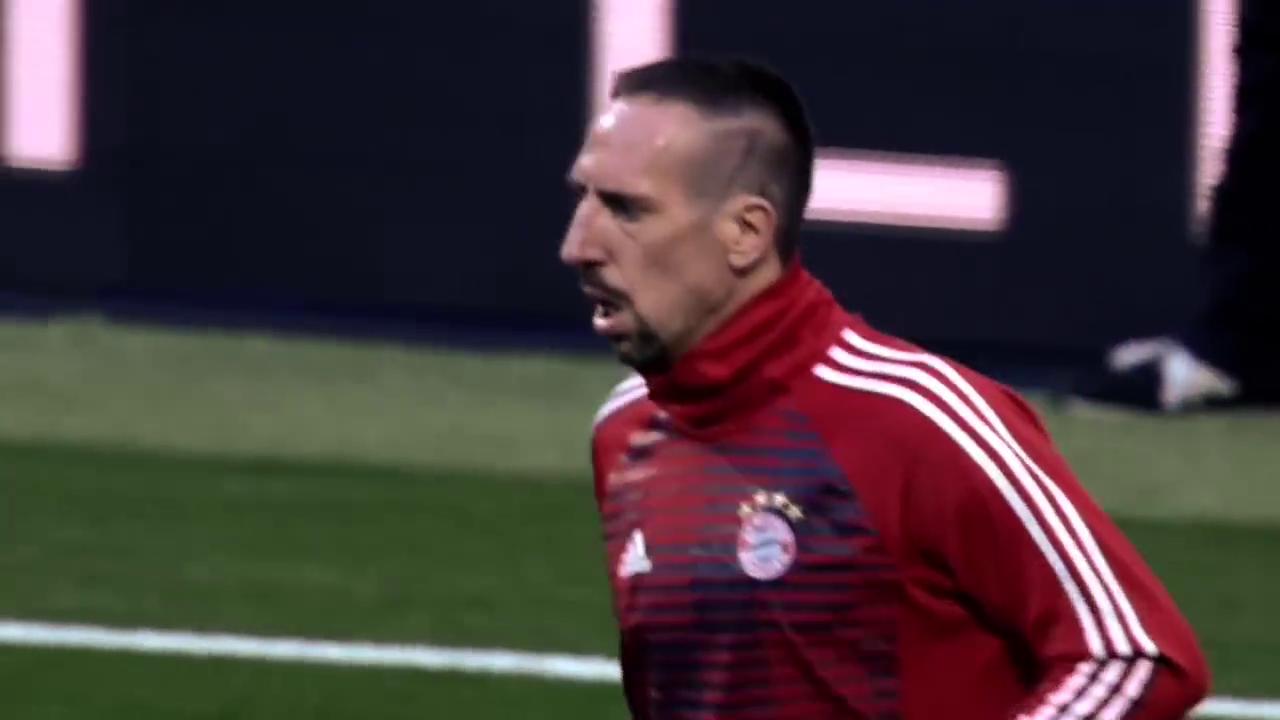 皇马VS拜仁,本泽马梅开二度,J罗的反戈一击,纳瓦斯超神表现