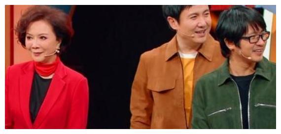 潘长江将蔡徐坤认成吴亦凡,粉丝炸锅了,沈腾三个字完美救场