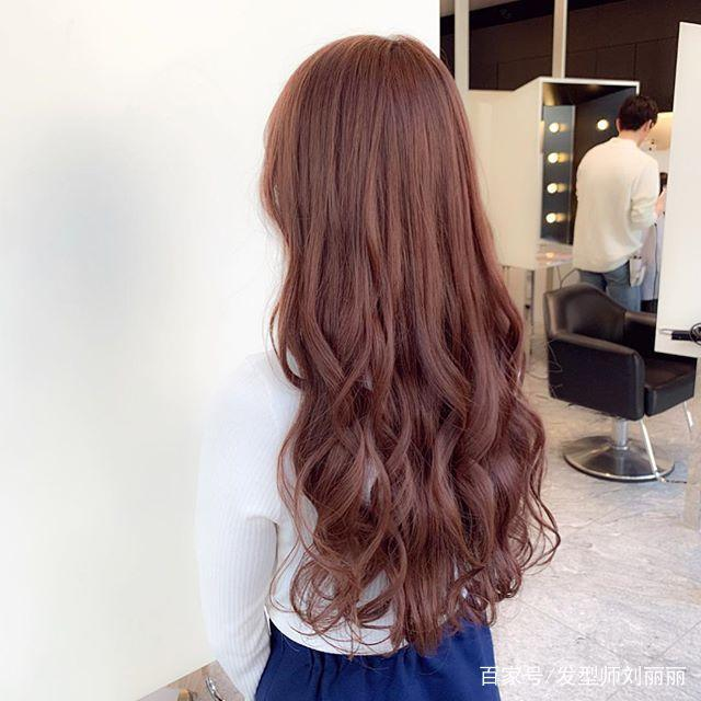2019齐背长发怎么做造型烫水波纹,烫发尾,烫半头,烫大卷!图片