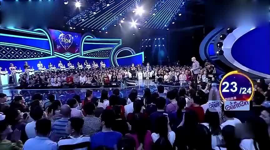 乡村版权志龙现场表演Bigbang台上女嘉宾都快现原形了