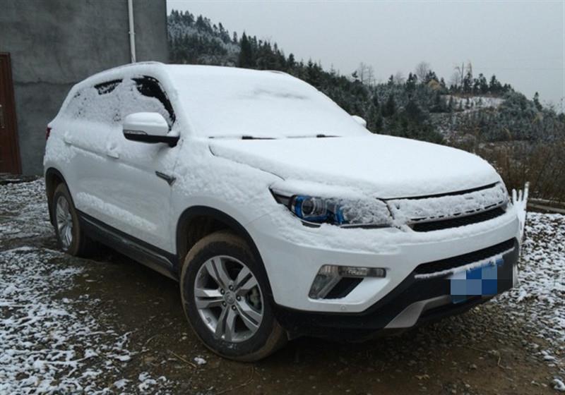 """东北一场暴雪,新能源汽车""""遮羞布""""不保!车主:这车跑不了高速"""