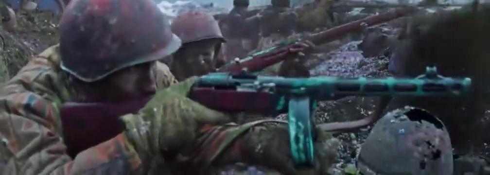 最新二战片,德军坦克来袭,苏联老营长冒死接近,投出反坦克手雷