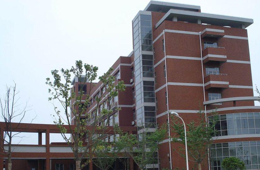 上海交通大学,建设与设施完善,环境优美的现代化大学校园