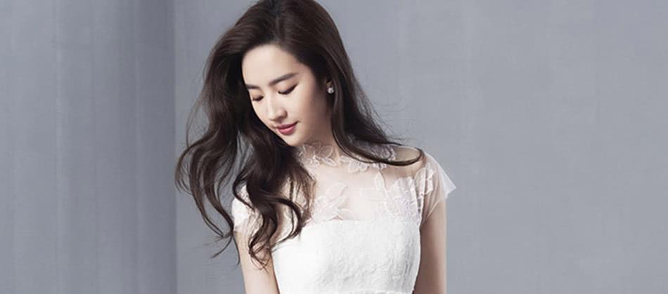 娱乐:刘亦菲为什么热搜少?欧阳娜娜微博评论又翻车?