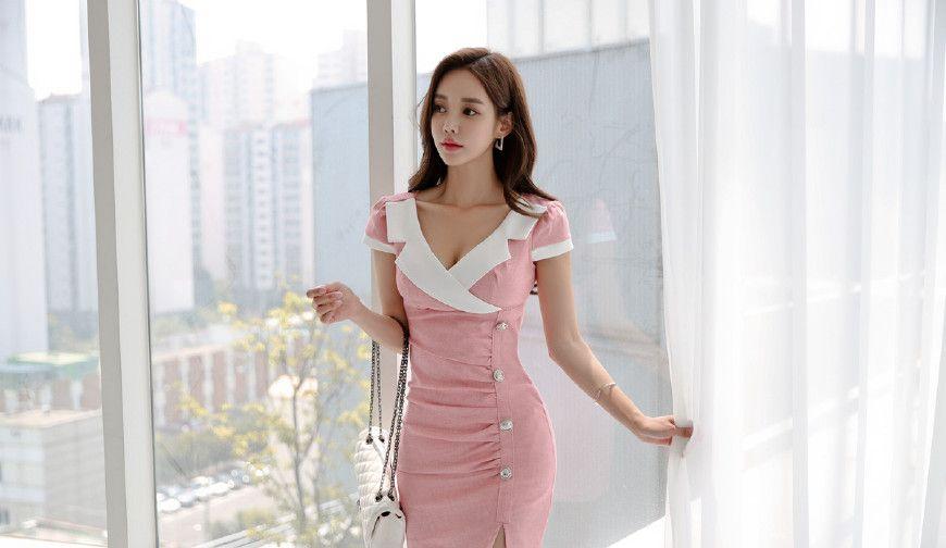 孙允珠:粉红色小萝莉套装,尖头细跟,简直就是小仙女!