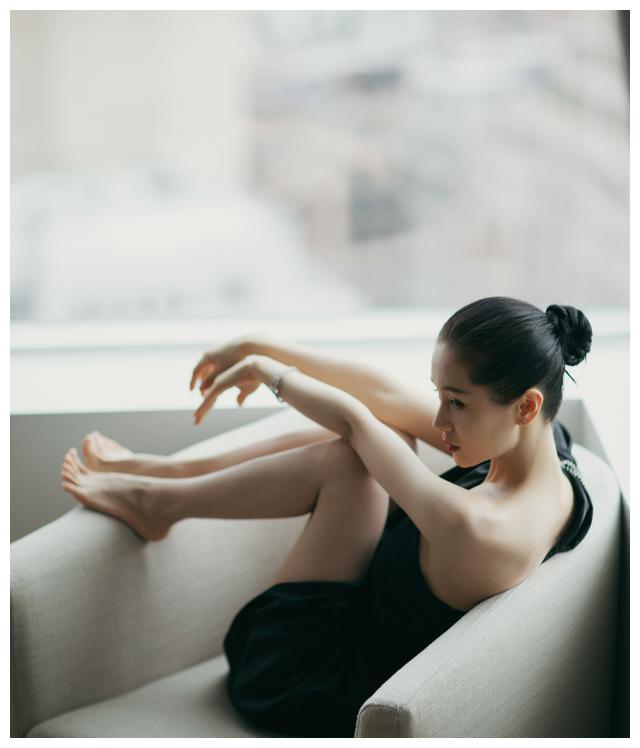 小精灵王子文写真集,笑容可爱迷人,王朔是她的精神枕头