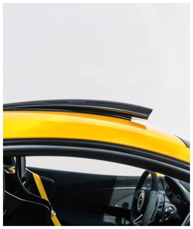迈凯伦600lt黄色款跑车