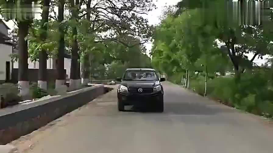 视频:爱试车试驾江西五十铃瑞迈汽油版