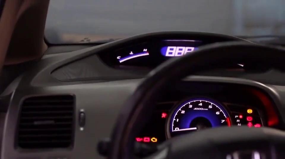视频:堂主评测二手本田思域,非常不错的二手车