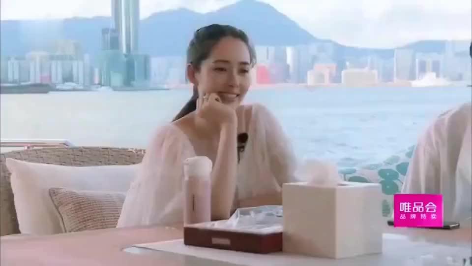 向太组局海上宴会张智霖第一句话就是催生郭碧婷向佐一脸害羞