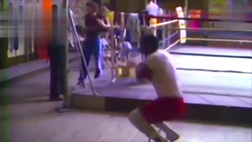 泰森的陪练不是谁都可以当的!泰森实战训练与陪练互拼重拳
