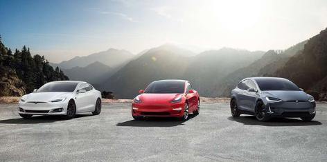 保时捷新车百公里加速最低2.8S,颜值好看,除了价格啥都好