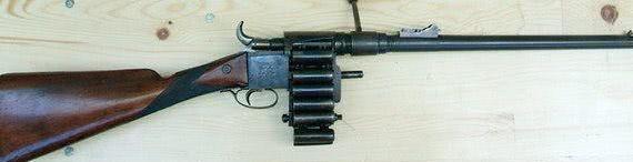 """收藏界的珍品!19世纪的""""大链子""""步枪,最高射速每分钟30发"""