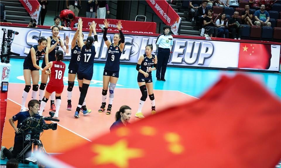 中国女排3-1荷兰夺冠形势大好,阿根廷为鱼腩,塞尔维亚不足为惧